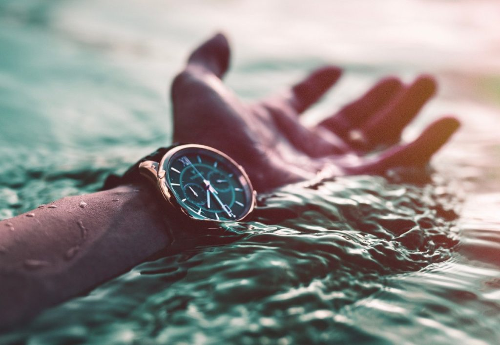 Getting moisture out of your timepiece